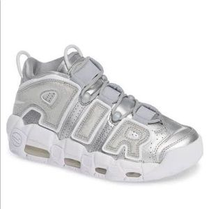 NWT Air More Uptempo 'Loud and Clear'